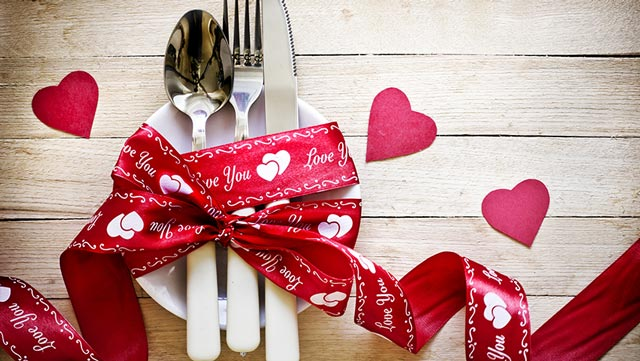 Creative Ways To Surprise Your Fiance This Valentines Day 4