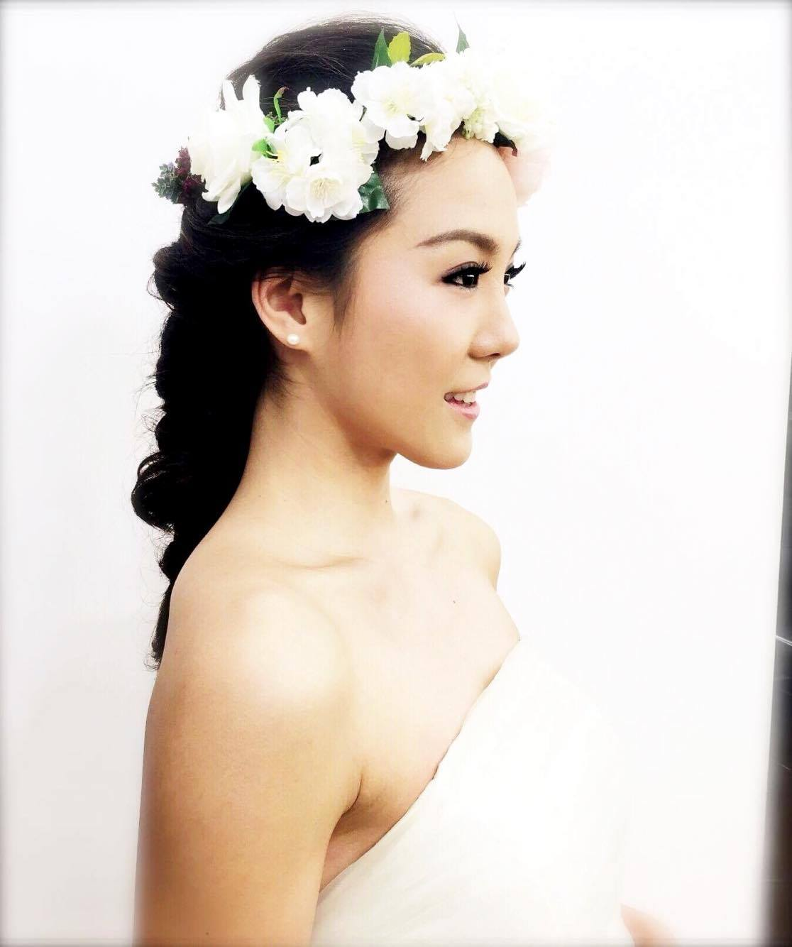 T J Kong Ride The Bomb: Create Your Own Bridal Book