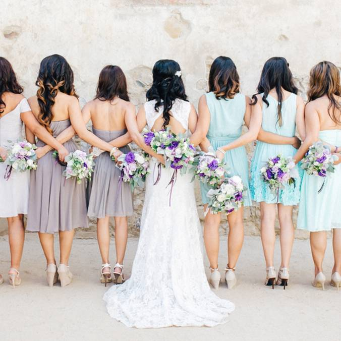 How Many Bridesmaids Should I Have in My Wedding Ceremony? Here's the Answer