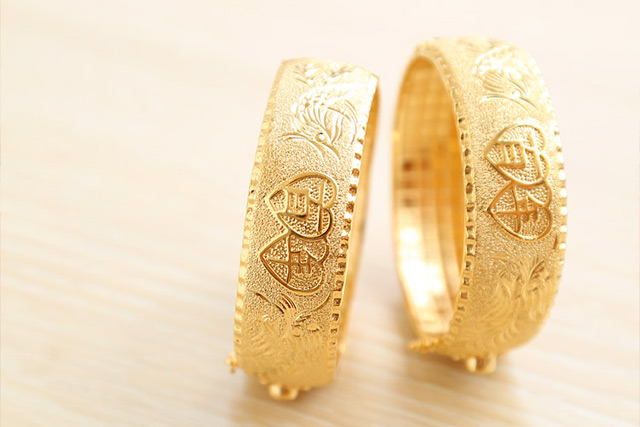 Gifts Included In The Chinese Wedding Dowry Gold Jewellery
