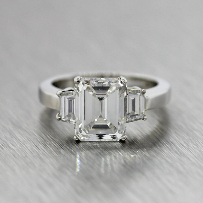 Engagement Ring Basics: We Break Down the 4 C's of Diamonds