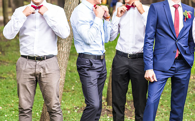 When is it Okay for Your Groomsmen to Flirt with Bridesmaids Here are 7 Scenarios 5