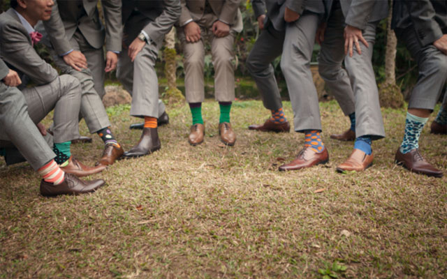 When is it Okay for Your Groomsmen to Flirt with Bridesmaids Here are 7 Scenarios 7