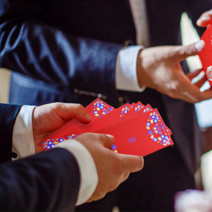 How Much Lai See Money Should You Give the Groomsmen in a Hong Kong Wedding?