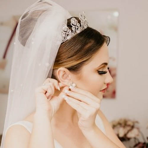 Prepping Your Complexion For A Smooth, Glowing Look On Your Wedding Day