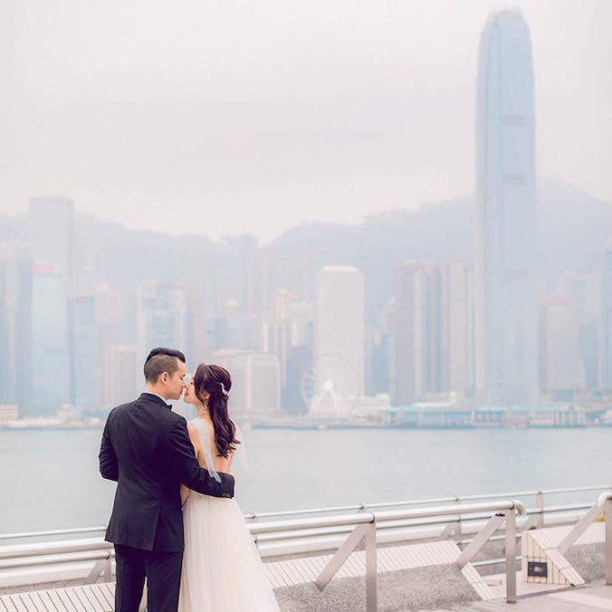 A Hong Kong Skyline Pre-Wedding Shoot That Took Our Breath Away