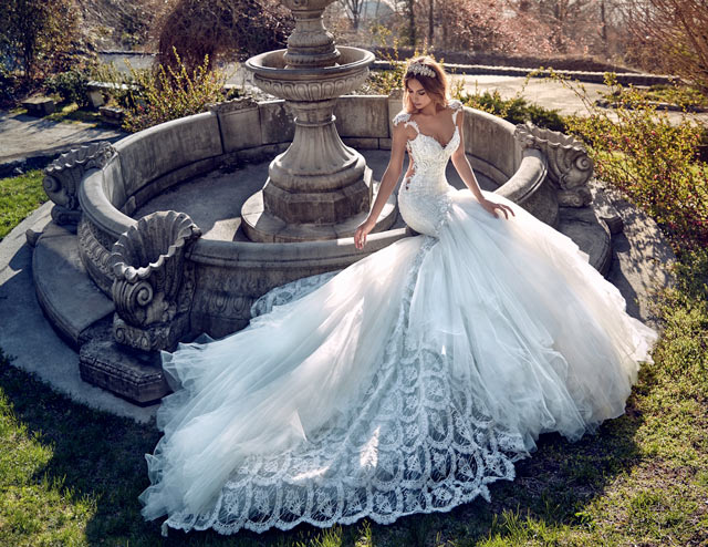 How To Feel Like A Queen In Galia Lahav S Le Secret Royal Couture Wedding Dress Collection
