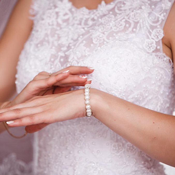 How To Sell Your Used Wedding Dress Online In Indonesia Asia