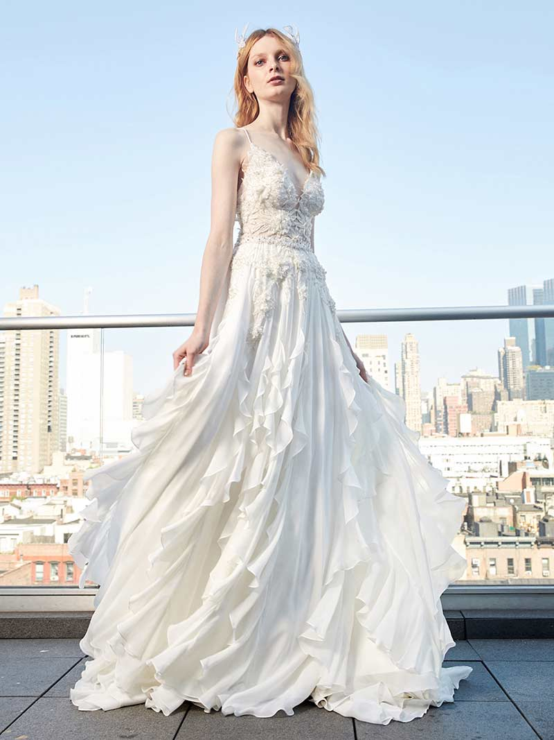 Low Necklines With Traditional Cuts in Yaniv Persy\'s 2017 Bridal ...