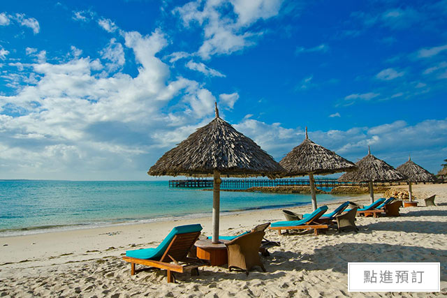 Things you Must Do on your Exotic Honeymoon in Kenya Hotel White Sands The Beach Resort 3