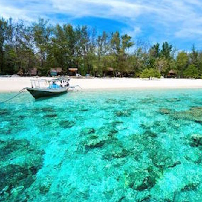 $10,000 USD ++ (per person) Indonesia Yacht and Aman (excluding the flights)-Honeymoon --