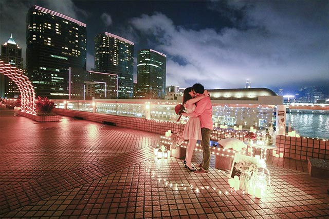 Johnny and Serena Proposal at Hong Kong Victoria Harbour 2