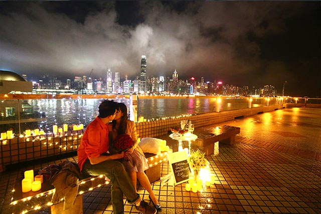 Johnny and Serena Proposal at Hong Kong Victoria Harbour 5
