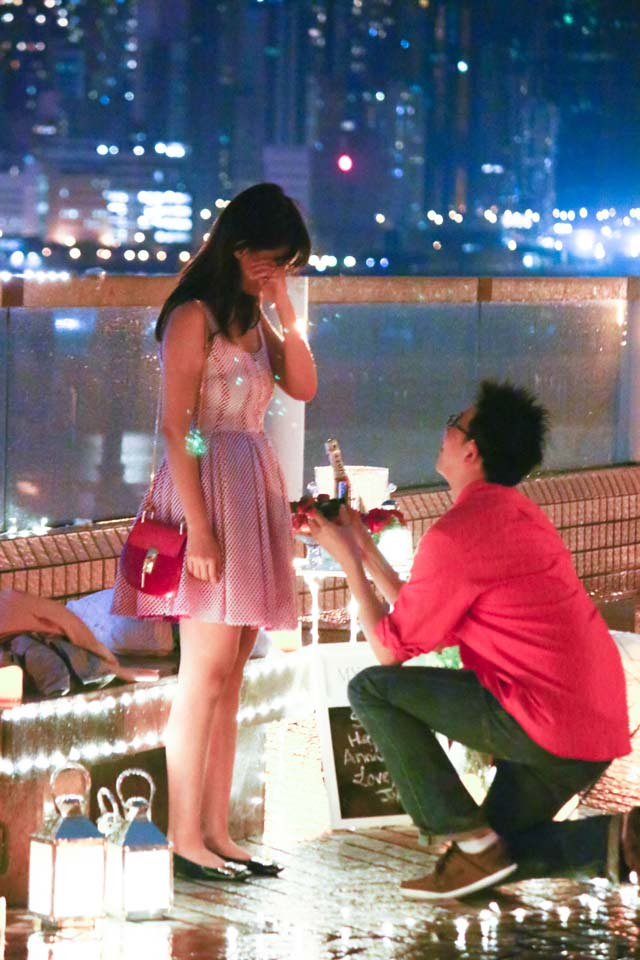 Johnny and Serena Proposal at Hong Kong Victoria Harbour 6