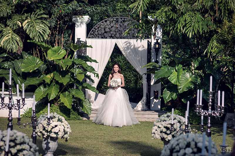 hong kong civil ceremony langham court philippines tagaytay garden wedding jill stuart vera wang benjie tiongco 23