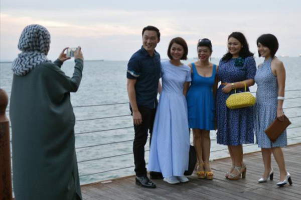 Real Weddings Singapore: Singaporean Singer, Sezairi Sezali & Syaza Qistina Tan At