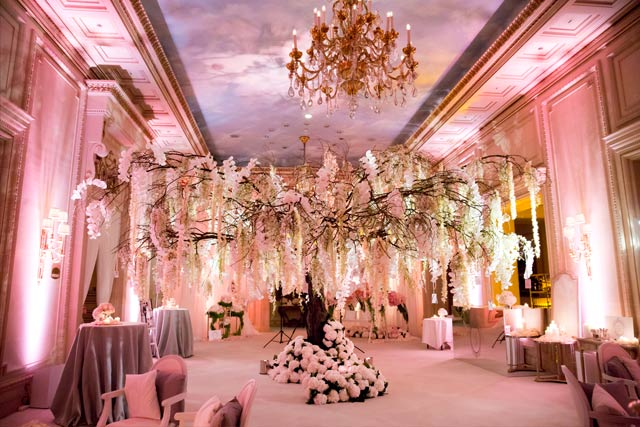Paris Real Wedding Story Banquet Venue Tree Message