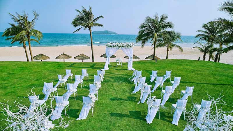 Unique Creative Out Of World Asia Wedding Venues 14