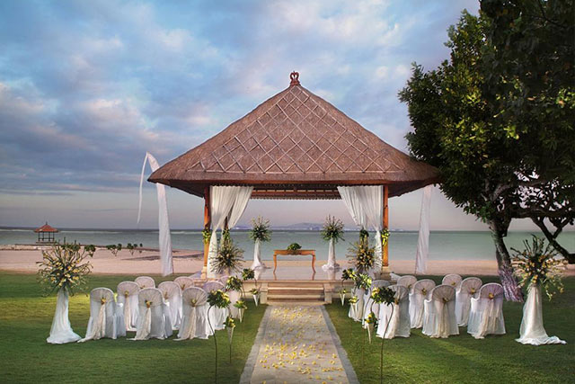Things to Consider Before Booking your Destination Wedding Venue Nusa Dua Beach Hotel Spa 1
