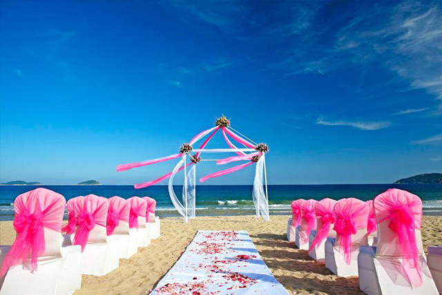 Things to Consider Before Booking your Destination Wedding Venue Sheraton Sanya Resort 3
