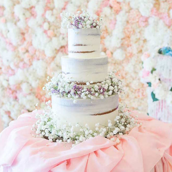 6 Naked Cakes For 6 Different Types of Weddings