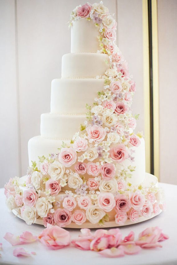 Faux Wedding Cakes Why Youll Want To Use Fake Wedding Cakes For
