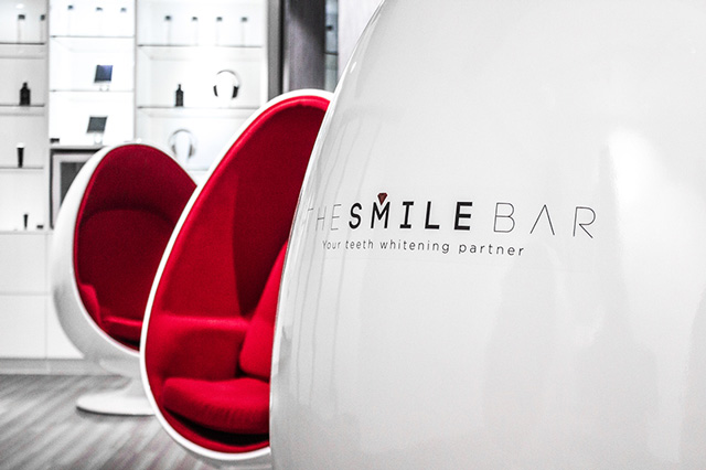 Teeth Whitening Smile Bar 1