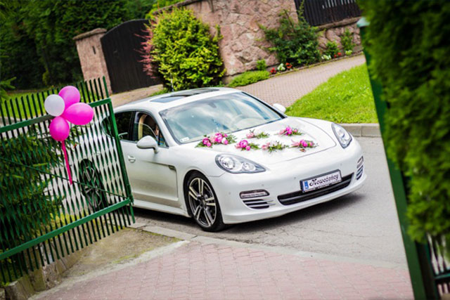Luxury Cars For Wedding Transportation That Will Stun Your Bride 16