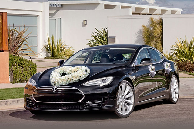 13 Luxury Cars For Wedding Transportation That Will Stun Your Bride