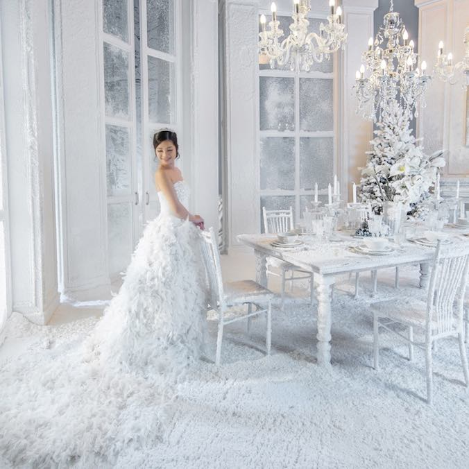 How to Use Artificial Snow in Your Winter Wedding Wonderland