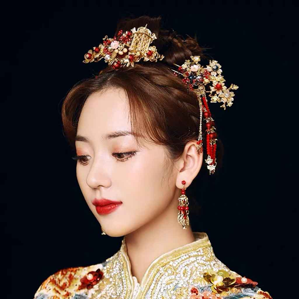 Chinese Gold Wedding Hairpiece For Cheongsam/Ao Dai/Qipao/Kua 旗袍/奧黛/龍鳳卦/秀禾服 Combined With Red Beads