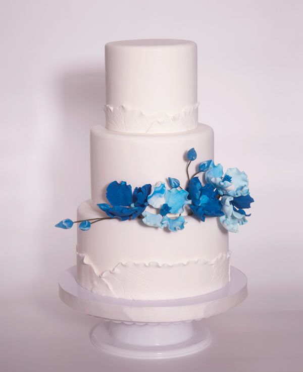 2 or 3-tiered Fondant-Covered Cake for 40-45 guests