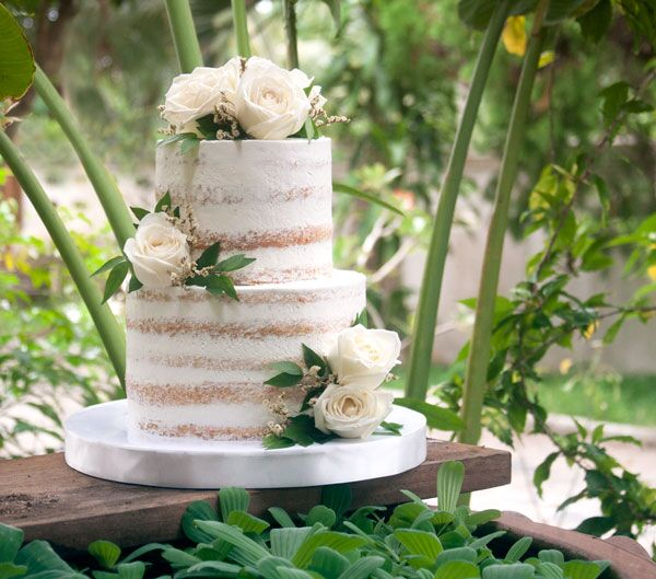 2-tiered Naked Cake for 30 guests