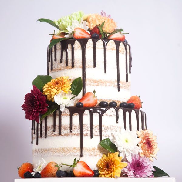 2 or 3-tiered Naked Cake for 35 guests