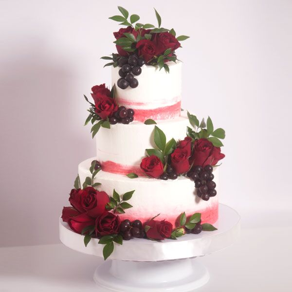 3-tiered Naked Cake for 50-55 guests