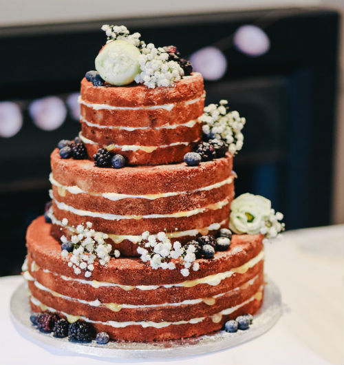 3-tiered Naked Cake for 60 guests
