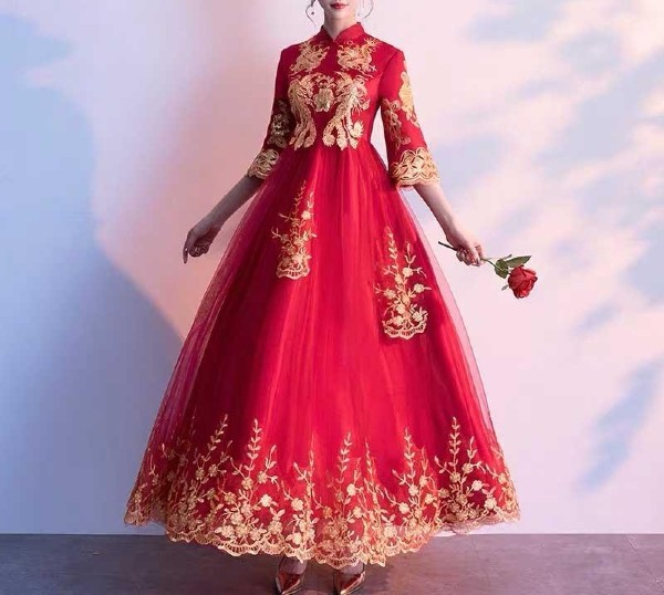Red Maternity Ankle Length Wedding Dress Designed with Gold Ornament Print 3/4 Sleeves for Expecting