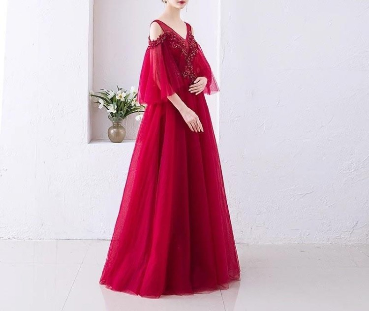 Off- shoulder Beaded Red Maternity Wedding Dress for Expecting Brides