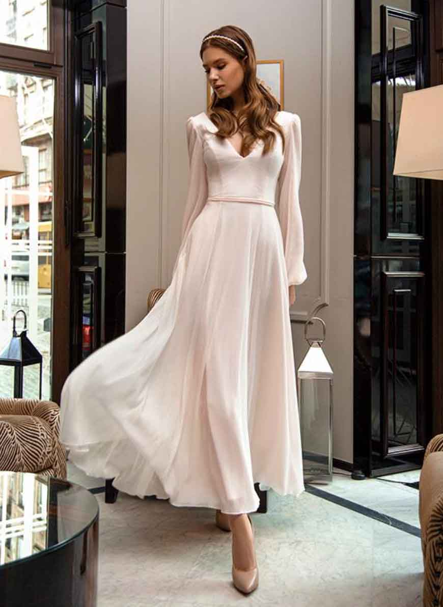 [RENT OR BUY] 'Mendi' Flowing Princess Bridal Deep V- Neckline and Back Wedding Dress