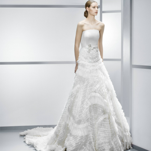 Rental 2 Brand Name Wedding Dress Inclusive of 1 Red Evening Gown
