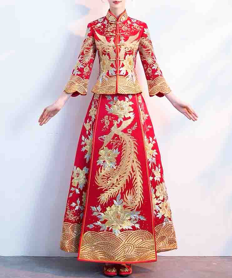 Wedding Kua 龍鳳卦/秀禾服 Qun Kua Cheongsam for Bride with Golden Phoenix Embroidery