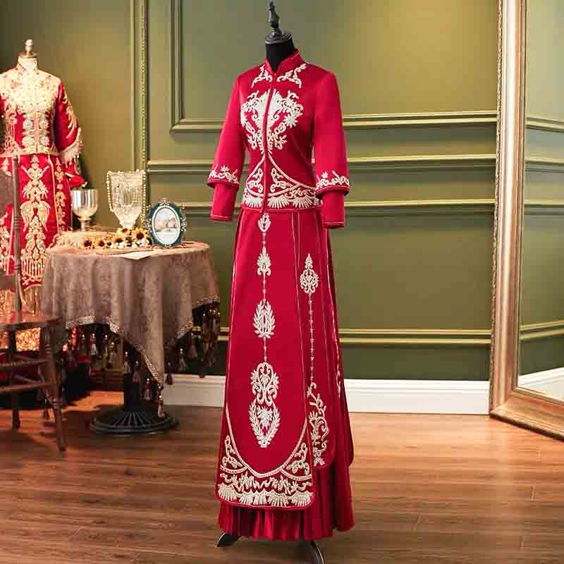 Luxury Silk Red Wedding Kua 龍鳳卦/秀禾服 Qun Kua Cheongsam for Bride