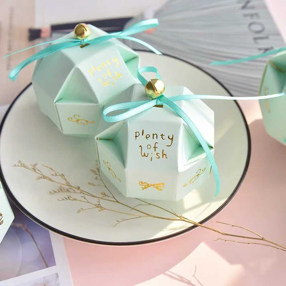 50 PCS Cute Guest Favors Wedding Candy Boxes Plain Colors With Mini Round Bell And Ribbon