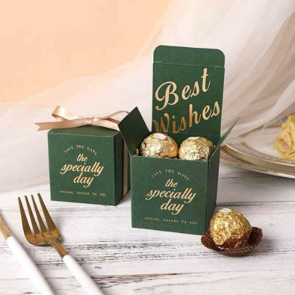 https://weddingshopworld.com/collections/gifts-favors/products/50-pcs-green-square-wedding-candy-boxes-for-guest-favors