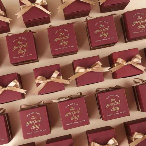 50 PCS Burgundy Square Wedding Candy Boxes for Guest Favors
