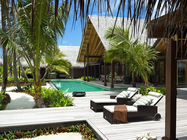 Shangri-La's Villingili Resort and Spa - Maldives - Maldives - Honeymoon - PRODUCT PHOTO - 1b4b7b10b13b16b2b5b8b11b14b