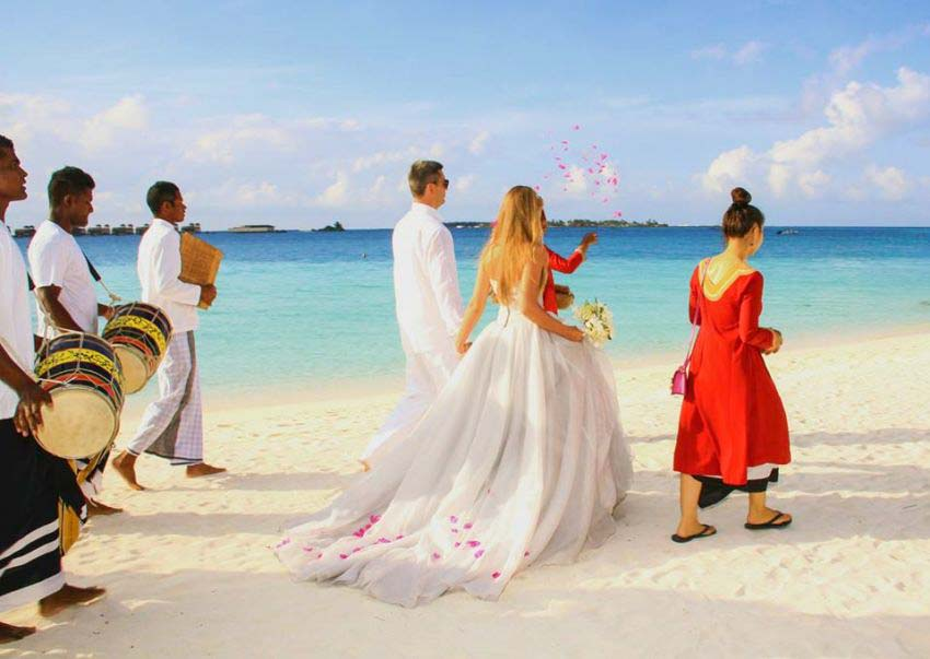 Angsana Resort & Spa Maldives Velavaru Wedding Package (2 pax)