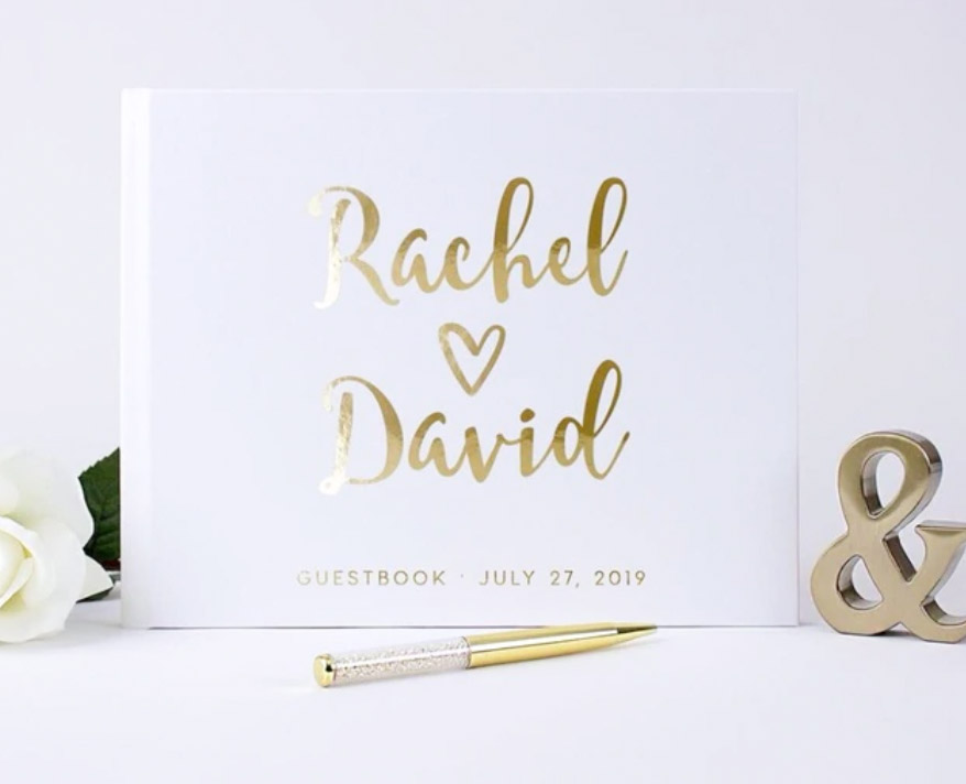 Mr. & Mrs. Heart  - 场地布置 - Plain White Hard Cover Wedding Guest Book with Customizable Foil Lettering - 世界各地适用