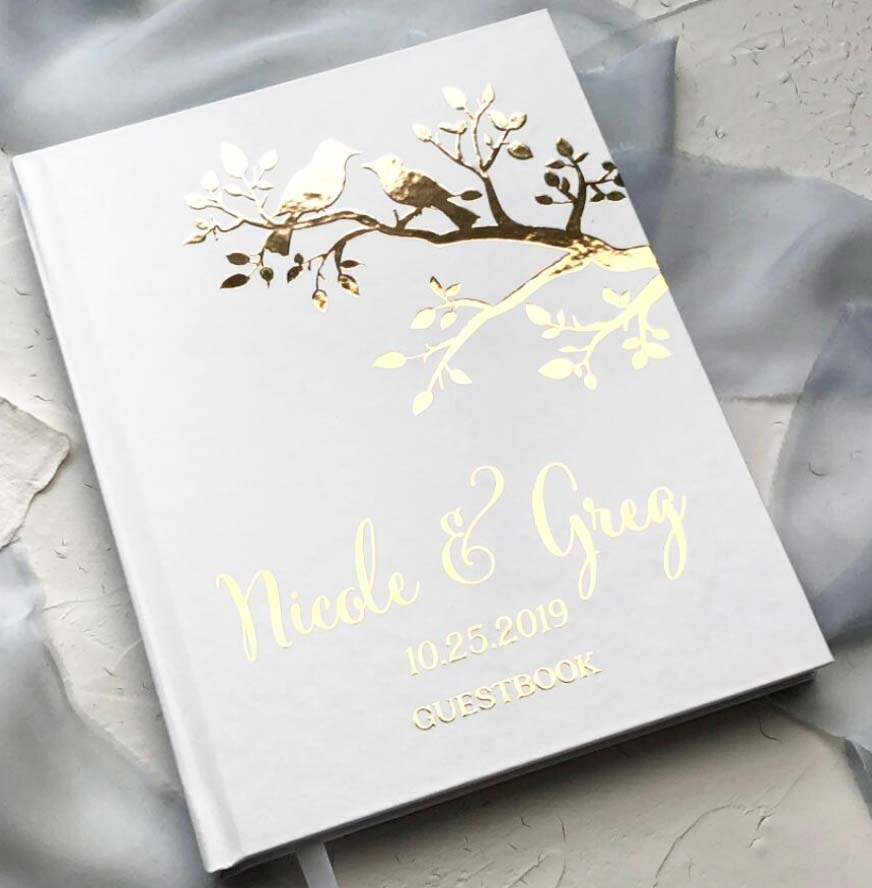 Mr. & Mrs. Heart  - 场地布置 - Hard Cover Wedding Guest Book with Foil Lettering and Lovebird Design Cover - 世界各地适用