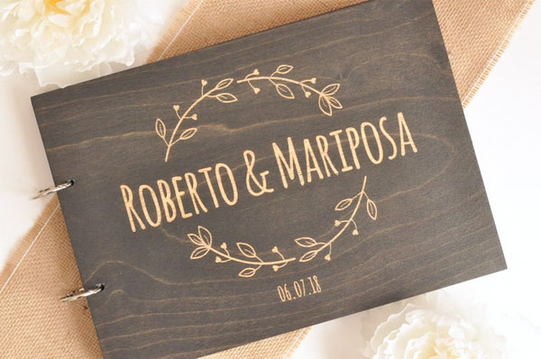 Mr. & Mrs. Heart  - 场地布置 - Dark Wood Wedding Guest Book Custom Design Names Engraved with Simple Design - 世界各地适用